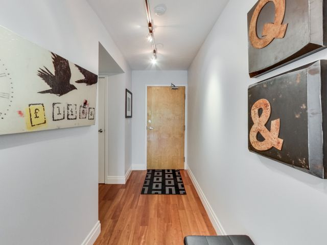 Hot loft of the week 388 richmond street west 412 for 388 richmond terrace